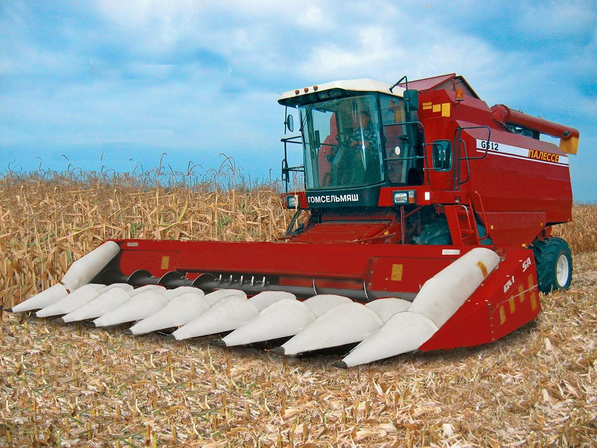 Комплект оборудования для уборки кукурузы на зерно